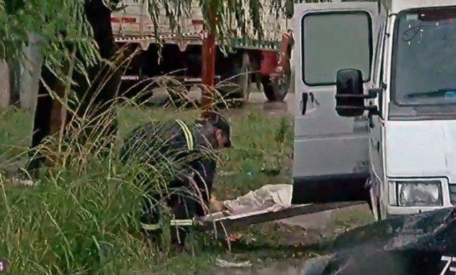 El joven asesinado presentaba varios disparos de arma de fuego y fue hallado en un zanjón. (Foto: captura de TV)