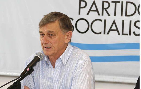 Binner pidió que Boudou se vaya del gobierno para no seguir socavando la credibilidad en las instituciones.