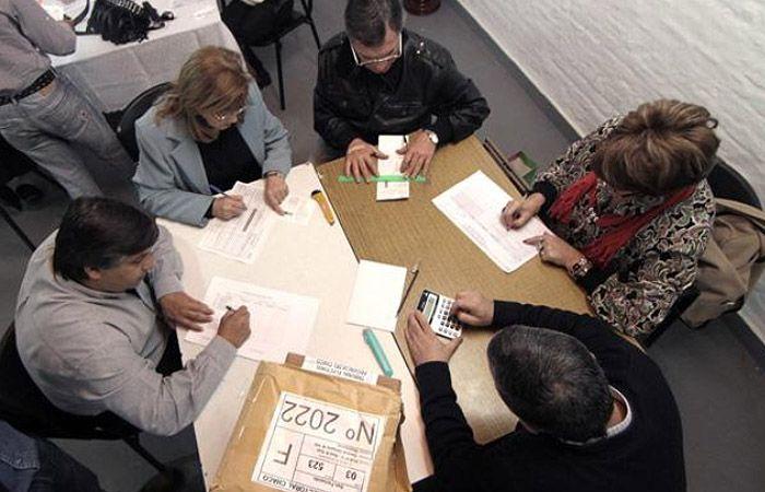 El justicialismo se sumó al PRO y pidió que se haga el recuento total de los votos