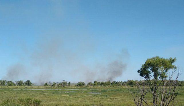 Este jueves los focos de incendio se veían claramente desde Rosario.
