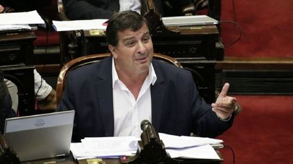 Un diputado propuso aumentar los salarios por decreto, a cuenta de futuros incrementos