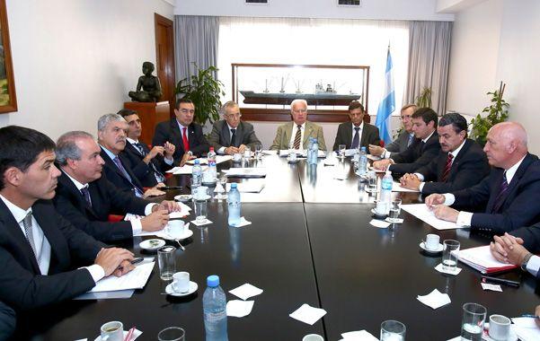 Cónclave productivo. Los equipos técnicos del gobernador Antonio Bonfatti se reunieron con sus pares del Ministerio de Planificación nacional.