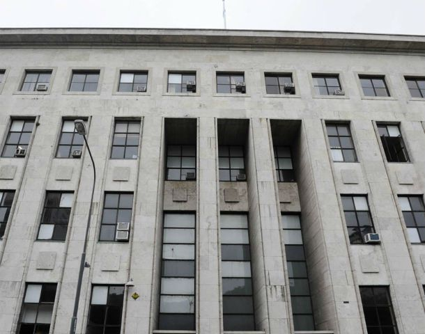 Tribunales. El caso que destapó La Capital fue muy comentado en el edificio de Balcarce y Montevideo.