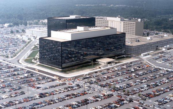 Oídos atentos. La sede central de la NSA en Maryland. Esta agencia federal es la encargada de vigilar llamadas.