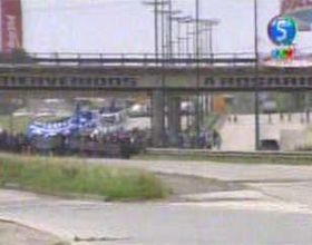 La CCC corta la autopista y le exige soluciones a Cristina por la crisis social