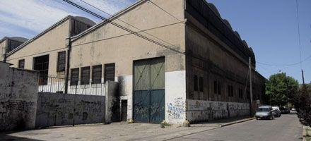 Roban tres 0 km y neumáticos de un depósito: pérdidas por 400 mil pesos