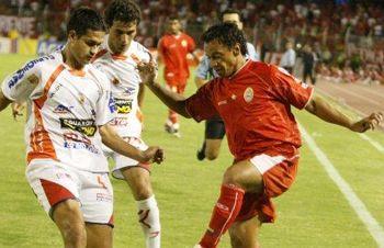 Vamos los viejos: a los 45 años Anthony de Avila volvió al fútbol y marcó un gol