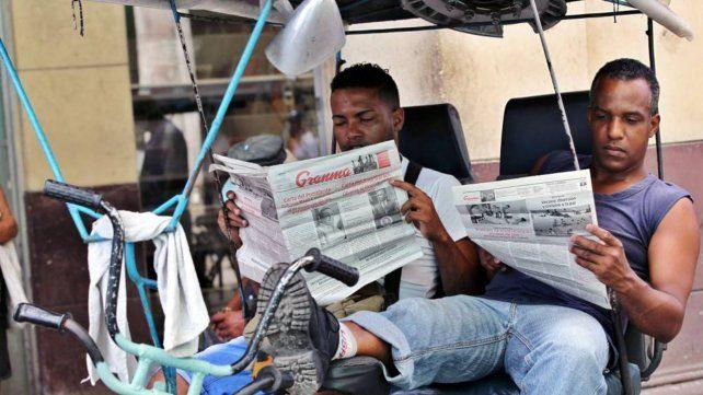 Cuba reduce los diarios por escasez de papel
