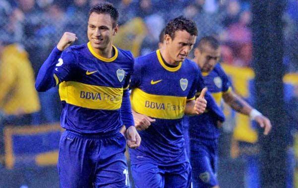 Celebración. Sánchez Miño festeja su gol