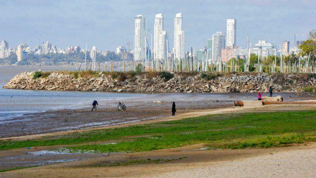 Se estima que el nivel del río continuará bajando en los próximos días.