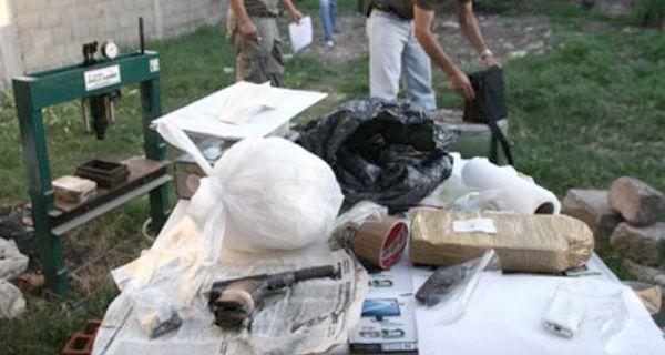 Incautan drogas, una granada y detienen a cuatro personas en el oeste rosarino