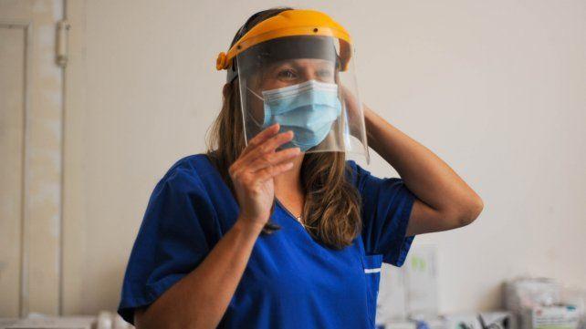 Dina Sinner es la coordinadora de salud del centro de aislamiento.