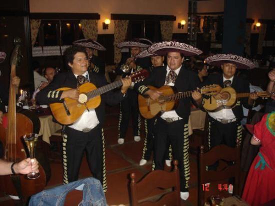 Negocios con ritmo de ranchera mexicana