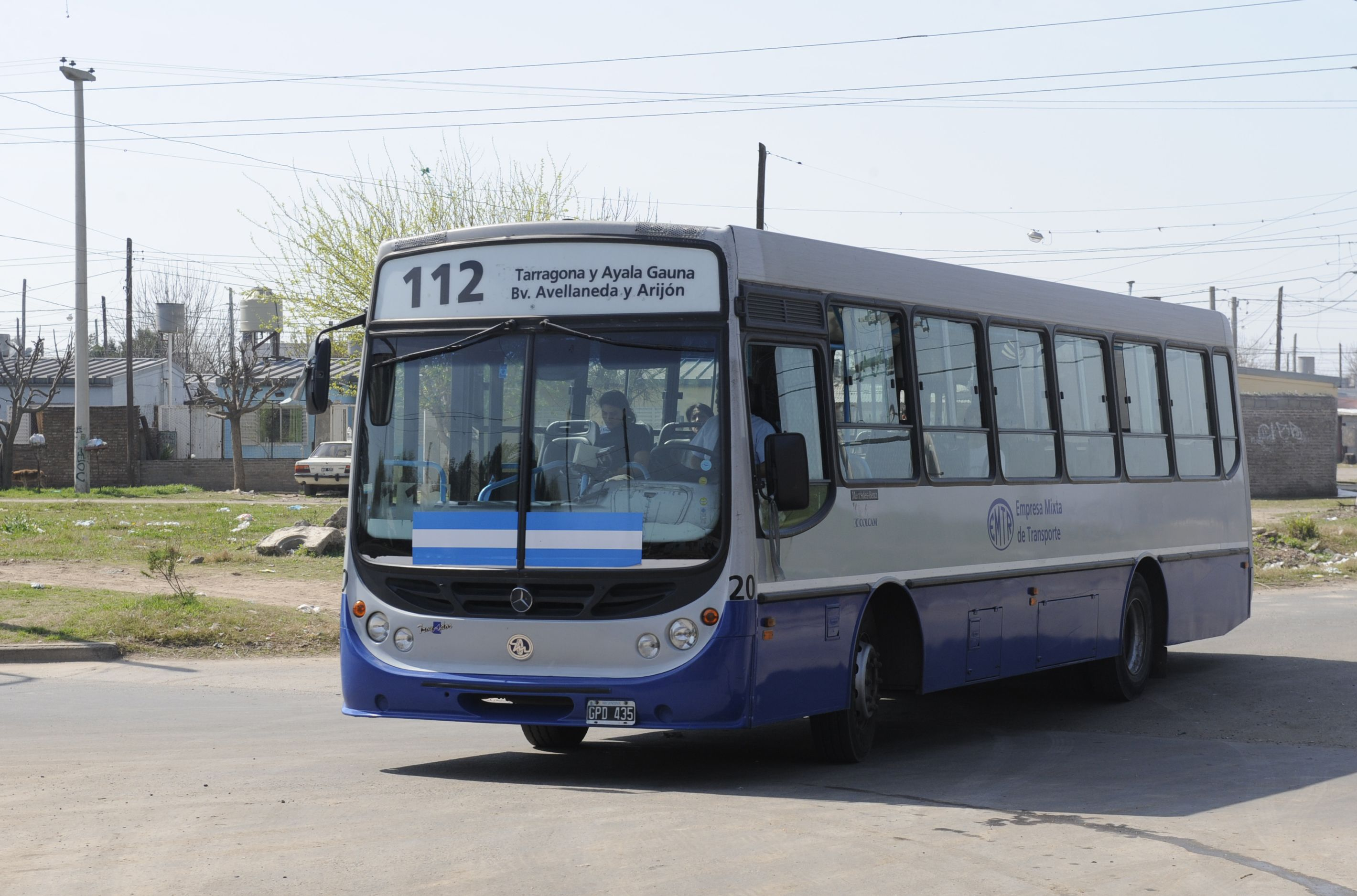 El ataque al ómnibus de la línea 112 ocurrió esta madrugada en Junín y San Gerónimo. (Foto de archivo)