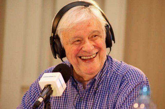 Héctor Larrea: Nada me hizo pasear el alma como la radio