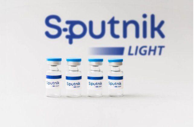 La Sputnik Light es el primer componente de la vacuna basada en adenovirus humanos Sputnik V desarrollada por el Centro de Investigación Gamaleya de Rusia.