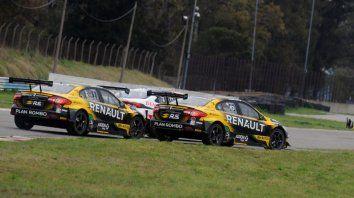 La maniobra que competirá por la mejor del año. Ardusso hace prácticamente dos por uno con Rossi y Pernía. Carrerón del parejense en STC 2000. Ganó largando 8º a puro sobrepaso.