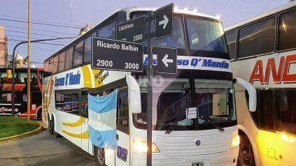Transportistas de turismo autoconvocados continuarán con las medidas de protesta durante la noche, madrugada y el día martes.