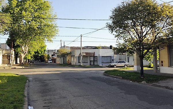 La víctima llegaba a su casa de Guatemala entre Zuviría y Derqui cuando aparecieron cuatro ladrones en dos motos.