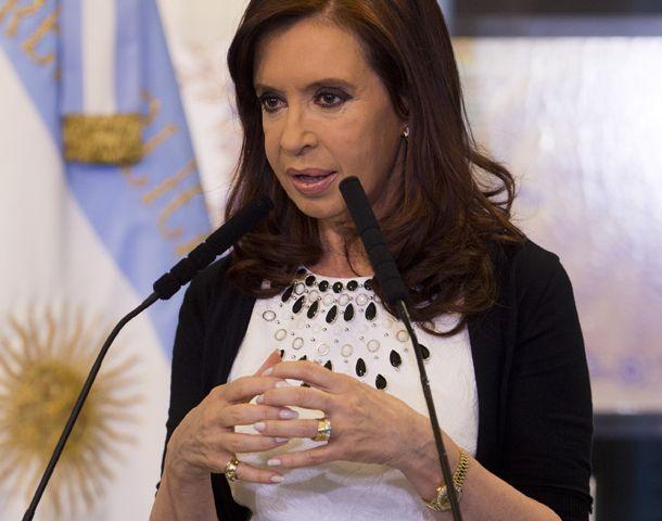 La presidenta se interesó por el funcionamiento de la institución que conduce Garaventa.
