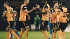 Wolverhampton ganó y llegó a la cima de la Premier League