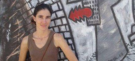 La blogger premiada dice que Cuba trata a sus ciudadanos como niños