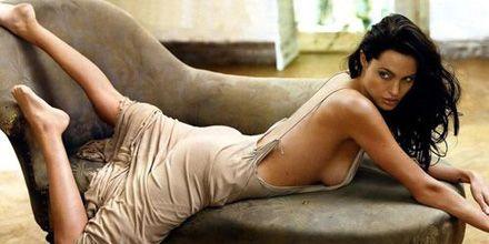Angelina Jolie adelgazó tras el embarazo gracias a un videojuego de pilates