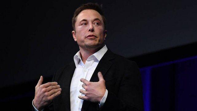 El precio del bitcoin se desplomó luego de un anuncio de Elon Musk