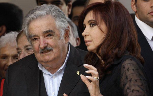 Hacer las paces. Cerca de Mujica dicen que llamó a Cristina para pedir disculpas