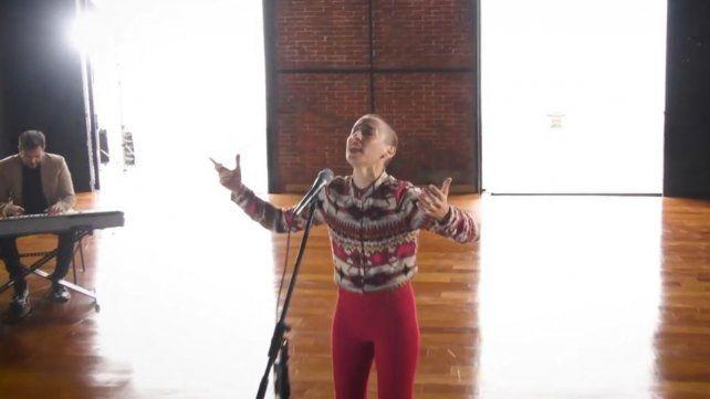 Un diputado del PRO expresó repudio contra una versión del Himno interpretada por dos artistas rosarinos
