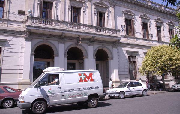 Los empleados del Hospital Italiano levantaron el paro