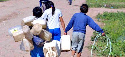 Unos 60 millones de niños de América latina no acceden al agua potable