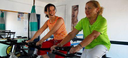 Pocas calorías y ejercicios para un corazón saludable