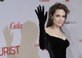 Angelina Jolie recurrió a una mastectomía preventiva para evitar enfermarse. Y desató la polémica.
