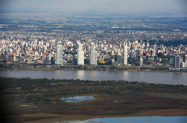 La extraordinaria bajante del río ya pone en problemas a varios sectores de la producción-.
