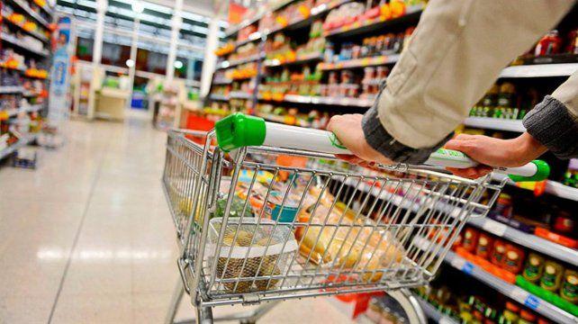 Las ventas en supermercados bajaron por noveno mes consecutivo