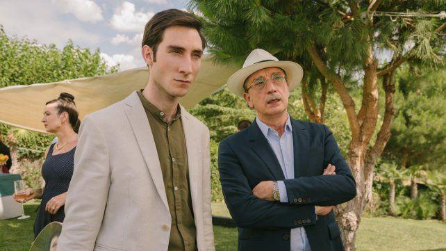Juan Grandinetti y Gonzalo de Castro encarnan una difícil relación padre/hijo en el filme La maldición del guapo.