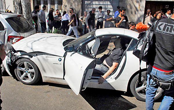 """Fatal. El cuerpo de Martín """"Fantasma"""" Paz yace sin vida en su cupé BMW. Fue el inicio de una saga sangrienta."""