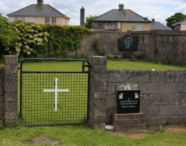 Los vecinos preservaron el sitio pegado a un viejo convento.