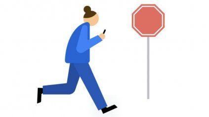 La nueva herramienta de Google: no quiere que mires el teléfono al caminar