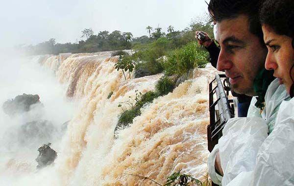 El caudal del río Iguazú alcanzó una marca nunca antes registrada.