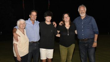 Martha y Juan Cura, Férmin Lucero, Mercedes y Jorge Cura