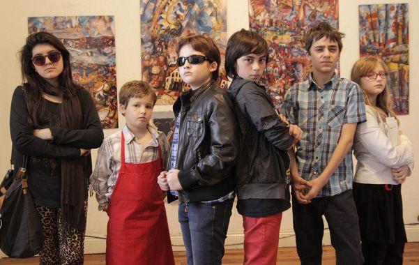Un grupo de chicos de los talleres de Moloco en pleno rodaje.