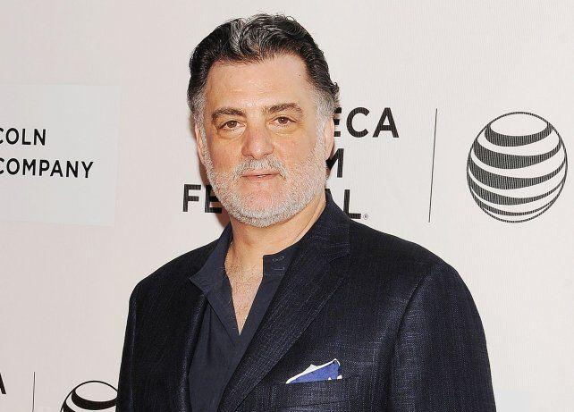 Joseph Siravo alcanzó la popularidad al interpretar al padre de Tony Soprano en la serie Los Soprano.