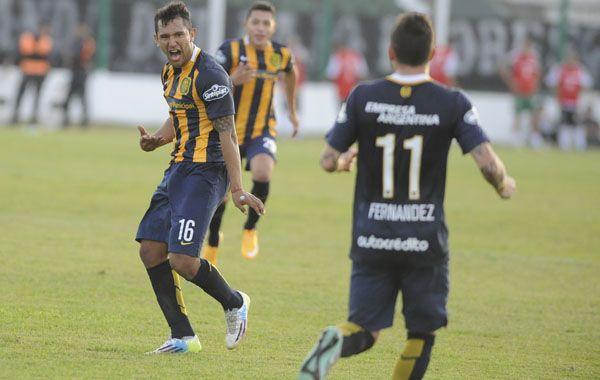 Walter Montoya grita con alma y vida su gol