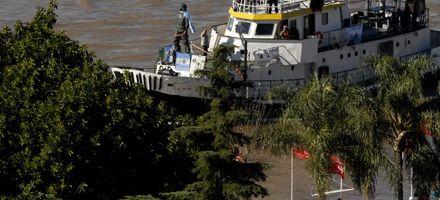 Entre festejos y caravanas, la estatua del Che ya está en Rosario