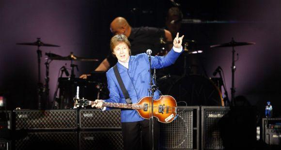 Paul McCartney arrancó su gira latinoamericana con un vibrante concierto en Uruguay