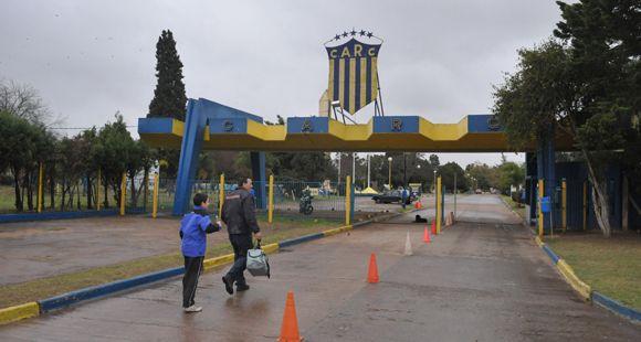 Apareció muerto el muchacho sepultado en una obra cloacal en la Ciudad Deportiva
