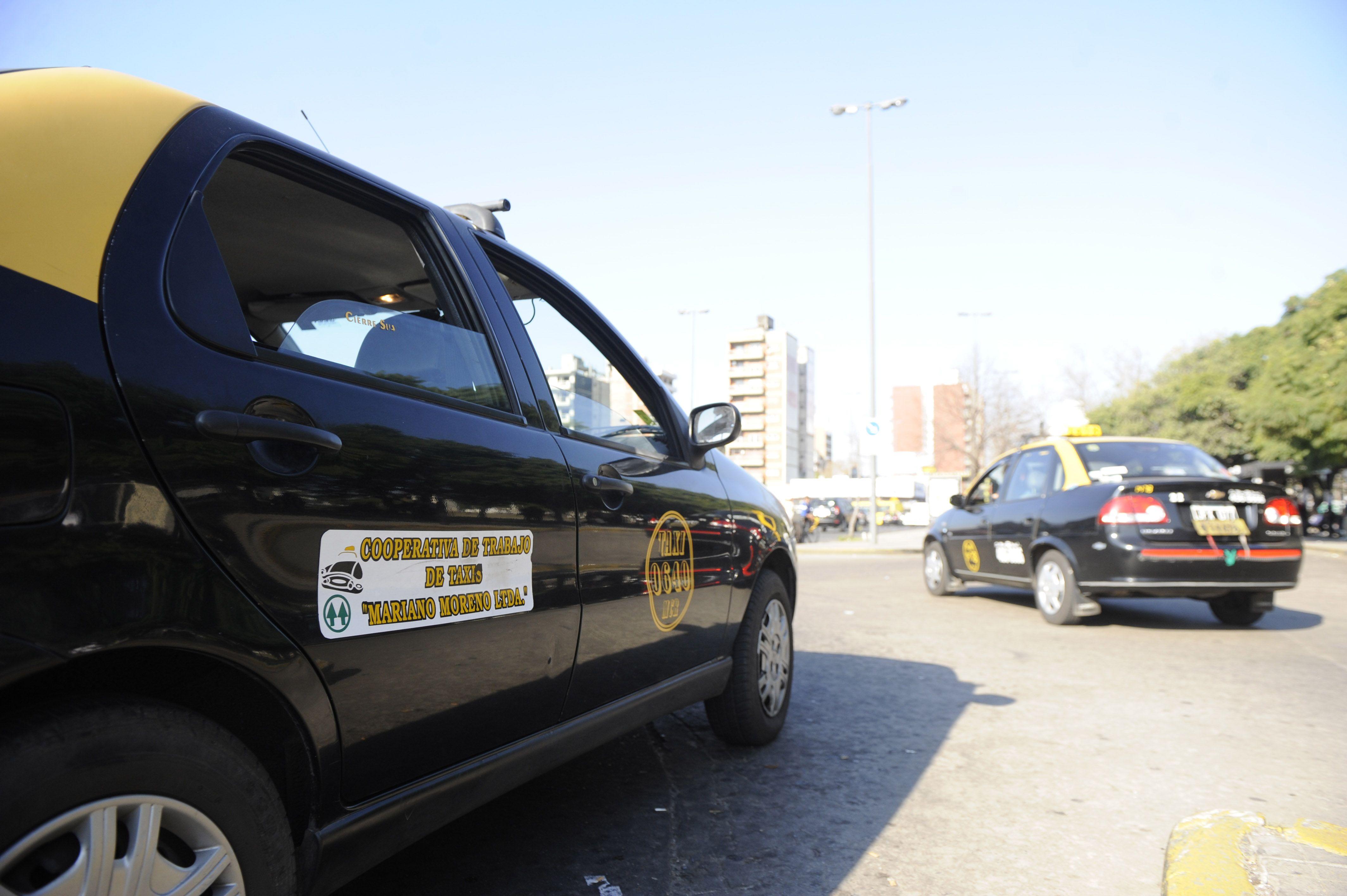 Los taxistas están en estado de asamblea permanente. (Foto de archivo)