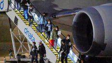 Alerta en Australia por casos de coronavirus en los aviones